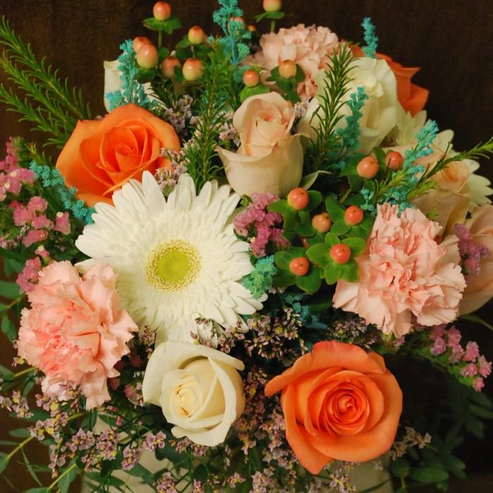 Bouquet lié fleurs fraiches